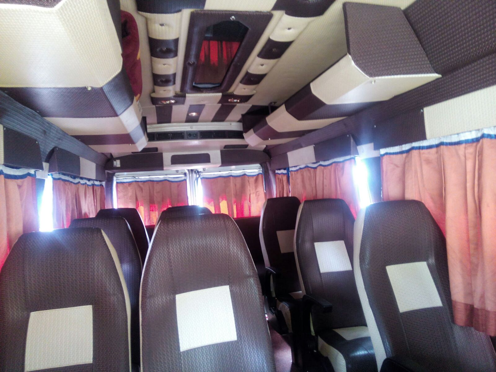 hire tempo traveller in Mohali