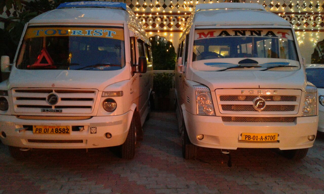 tempo traveller booking in Panchkula